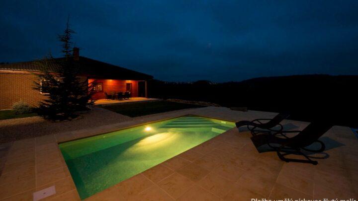 Foto bazén Dlažba Um. pískovec žlutá
